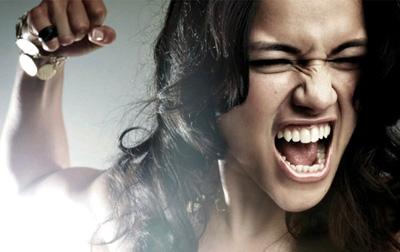 злость на себя и ближнего