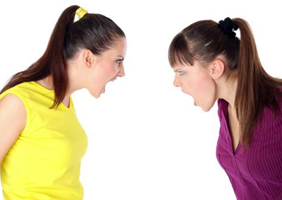 ссора девушек